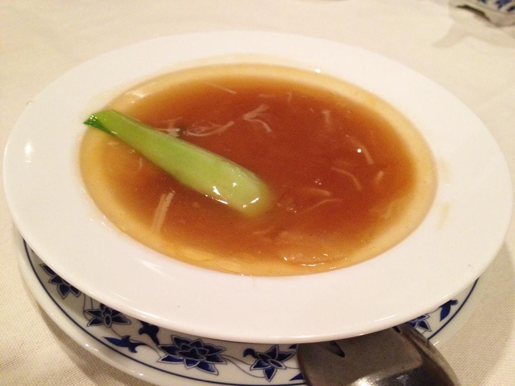 重慶飯店ふかひれ1