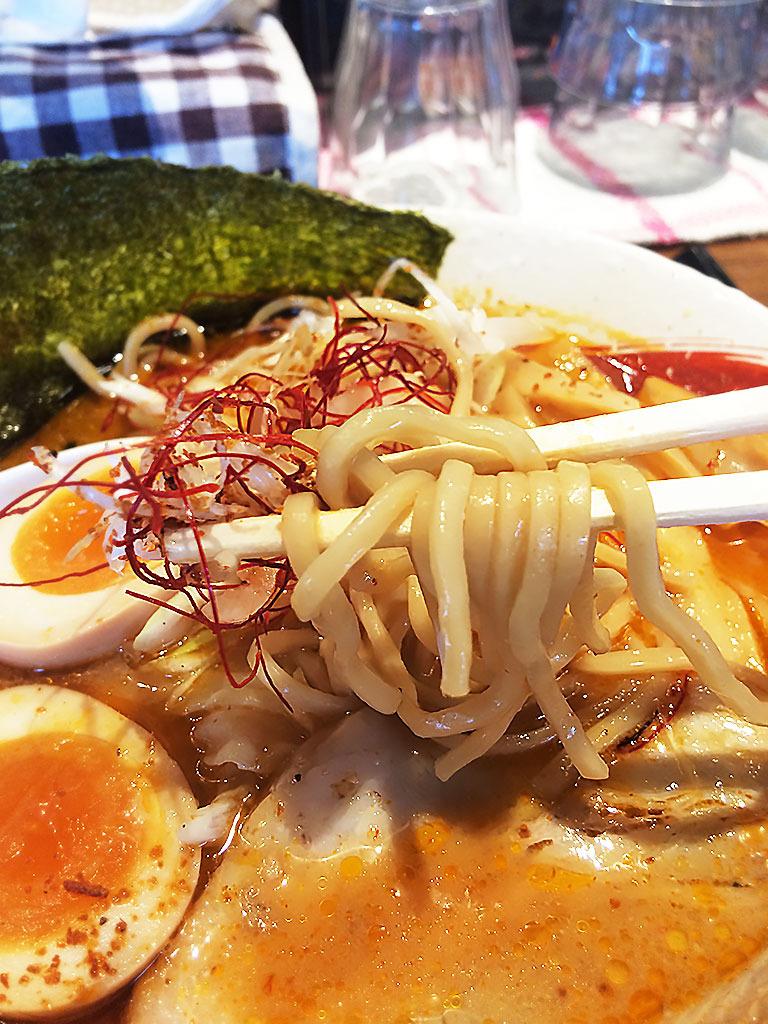 海老ラーメン麺